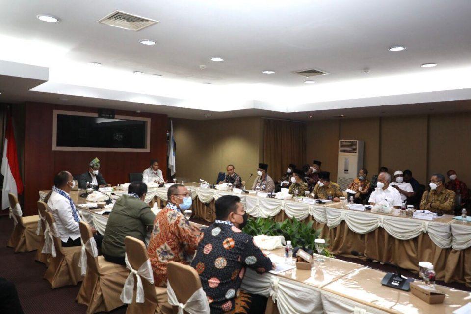 Panja Komisi VIII DPR RI Kunjungi BP Batam, Bahas Pengelolaan Asrama Haji (foto : hms)